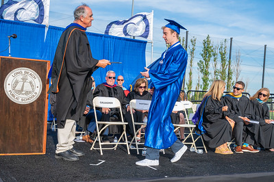 20210625-LBHS Graduation 2021Z62_2160