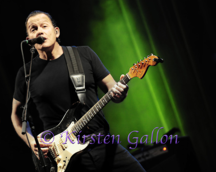 Tommy Castro at the Granada Theater in Dallas.