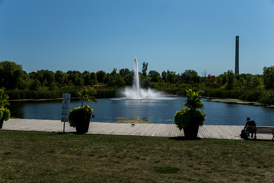 Woodbine Park Pond & Fountain