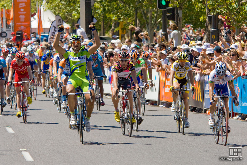 Francesco Chicchi (Ita) of Team Liquigas taking out Stage 6 of the Tour Down Under 2009