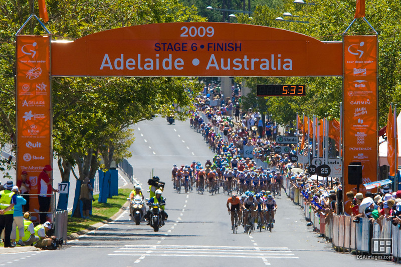 First breakaway of the Tour Down Under 2009 - Stage 6