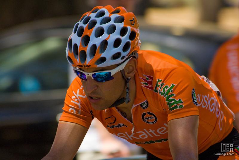 Euskaltel-Euskadi rider