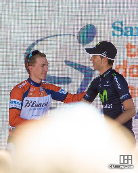 Tom-Jelte Slagter (Blanco Pro Cycling Team) congratulating Javier Moreno (Movistar Team)
