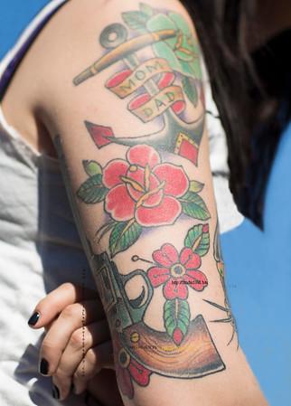 Tattoo guns roses mom dad arm 644