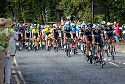 The SKY Team head up the peleton in pursuit of the leaders as the arrive in Monmouth
