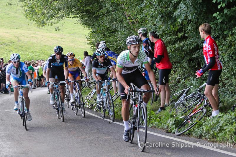 King of the Mountains climb of Old Bristol Hill, Johnathan Tiernan-Locke leading
