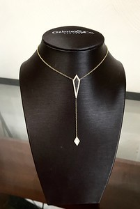 Item 3: Ladies, Gabriel, mother-of-pearl, lariat style necklace.