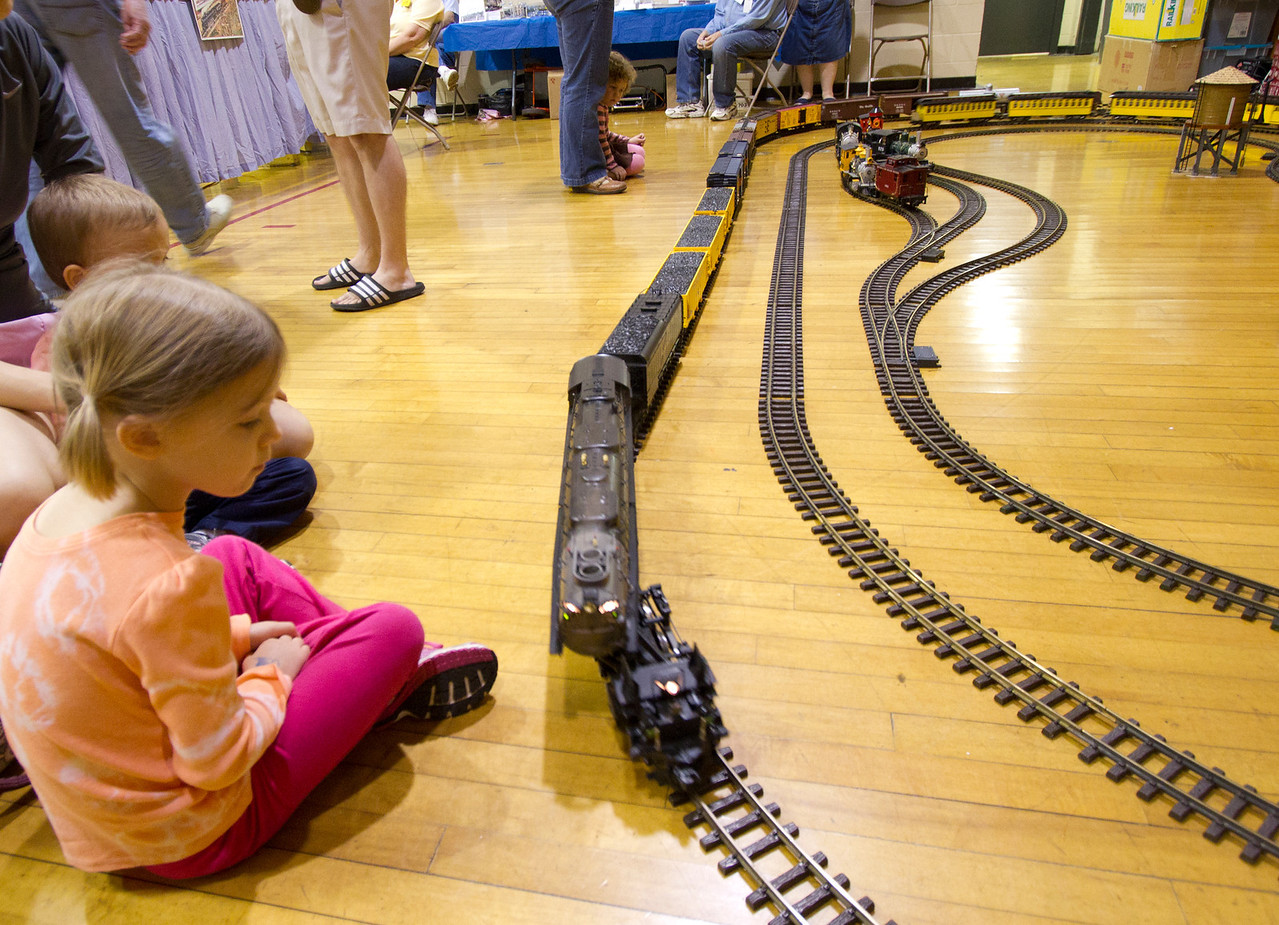 """Yes, it's supposed to do that (just like the original """"Big Boy"""" locomotive)."""