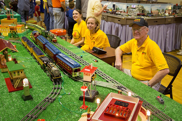 Model railroading truly is a family friendly hobby.  Here members of the Mississippi Valley N Scalers enjoy watching Fred Houska's beautiful O gauge trains.