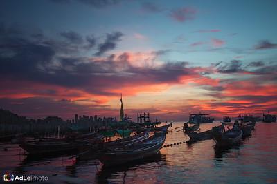 Sunset Mai Haad Bay, Koh Tao, Thailand
