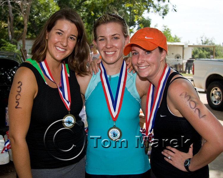 Winners of the female relay division