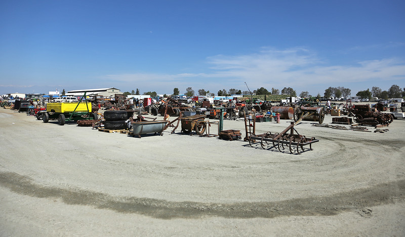 Annual equipment auction held in conjunction with the Tulare show.