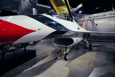 F-16A Fighting Falcon Thunderbird