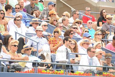 Ana Wintour photo by Rob Rich/SocietyAllure.com © 2011 robwayne1@aol.com 516-676-3939
