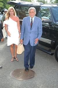 Susan Crow, Tony Bennett photo by Rob Rich/SocietyAllure.com © 2011 robwayne1@aol.com 516-676-3939