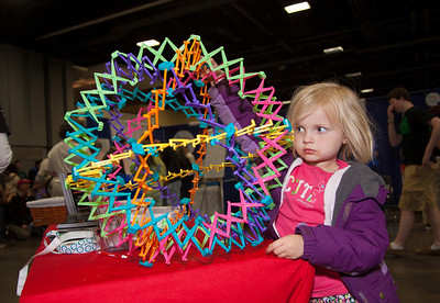 Lucinda (age 5) from Capitol Hill examines molecular structures