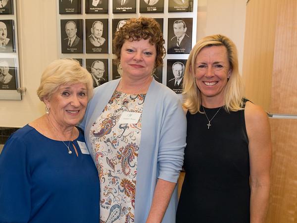9-2017 Women's Ledership