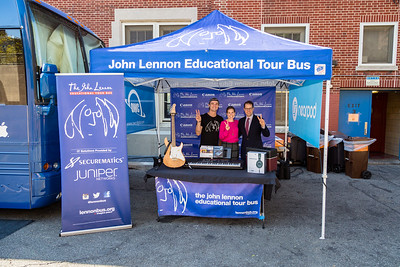 2017_10_05, Audio-Technica, Bus, canon, Establishing, Exterior, Giveaway, Juniper, Line 6, Luke Huisman, Mark Levine, Meghan McMahon, Nearpod, New York, NY, OWC, Tents, Urban Assembly, Yamaha