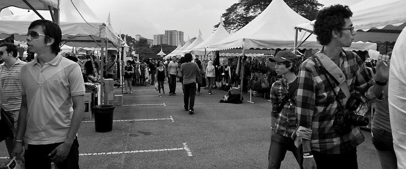 090627 Urbanscapes 22 - The Flea Market <br /> There are close to 50 stalls all together.