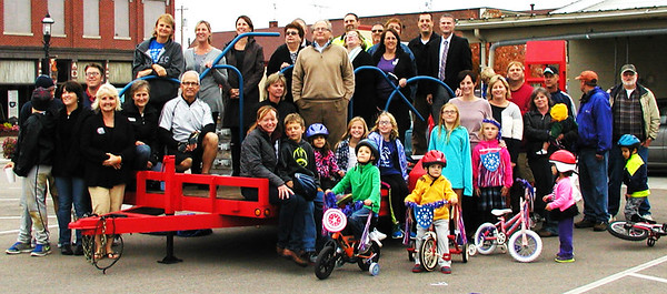 Debbie Blank | The Herald-Tribune A group photo to celebrate Vélo in the Ville: Get Psyched About Bikes and a new downtown bike rack was taken Thursday, Oct. 9. The Oct. 8-11 wellness initiative was sponsored by the city of Batesville, Batesville Main Street, St. Andrews Health Campus and Margaret Mary Health.
