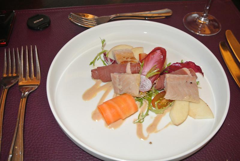 Meli Melo van gerookte Oosterschelde paling <br /> met magret van eend, fuji appel en ganzenlever mayonaise...