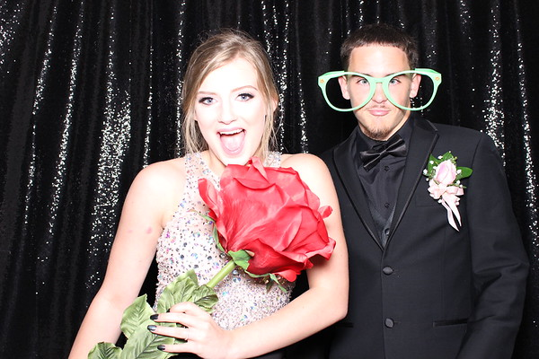 2017Apr29-VanHornProm-KC-Photobooth-0017