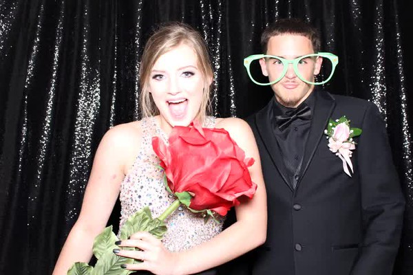 2017Apr29-VanHornProm-KC-Photobooth-0023