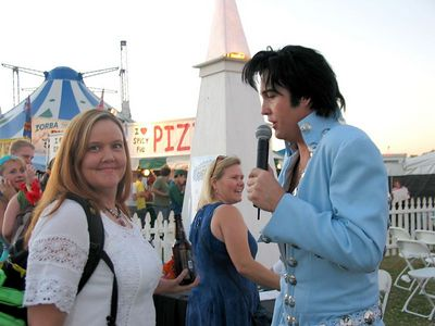 Jody getting seranaded by Elvis.