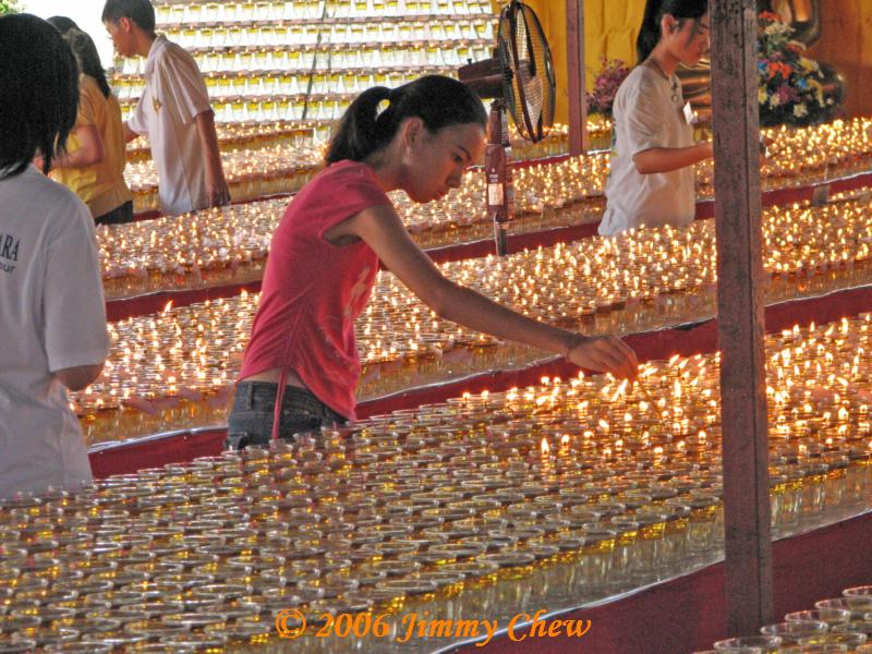Lighting oil lamps
