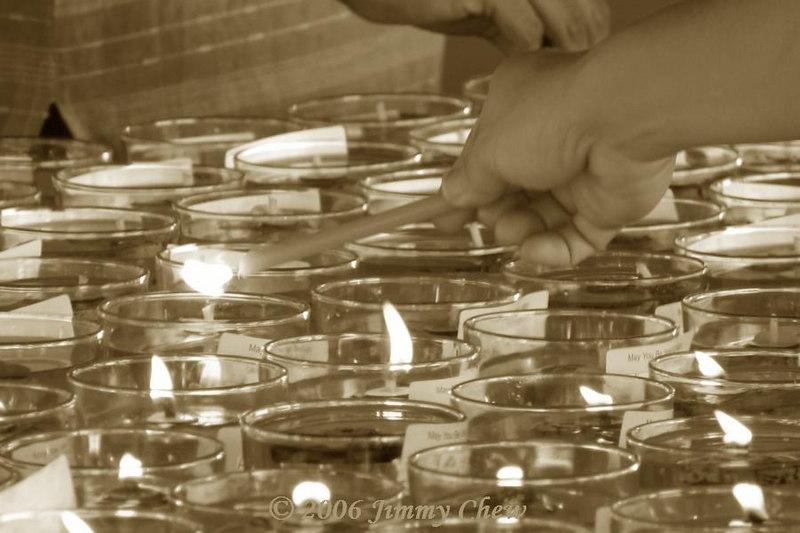Hand lighting oil lamps
