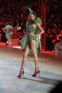 Victoria Secret Model Victoria Secret 2012 Fashion Show at the Lexington Avenue Armory In Attendance New York City, USA- 11-07-12 photo by Rob Rich/SocietyAllure.com © 2012 robwayne1@aol.com 516-676-3939