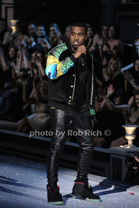 Kanye West     photo by Rob Rich/SocietyAllure.com © 2011 robwayne1@aol.com 516-676-3939