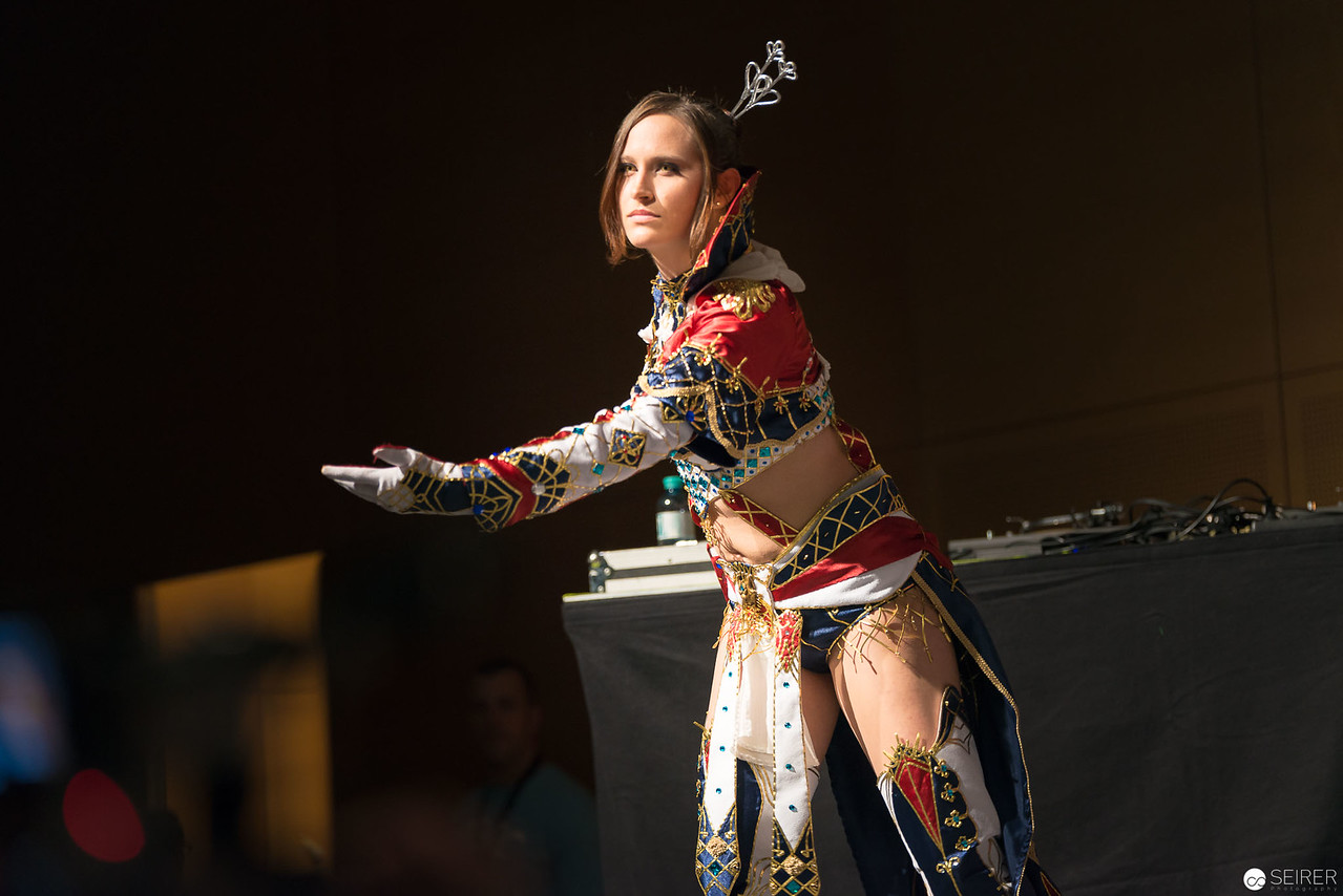 Vienna ComicCon Cosplay Contest 2016 - Human Mage from Lineage 2 / Needlework , Cosplay Haylin