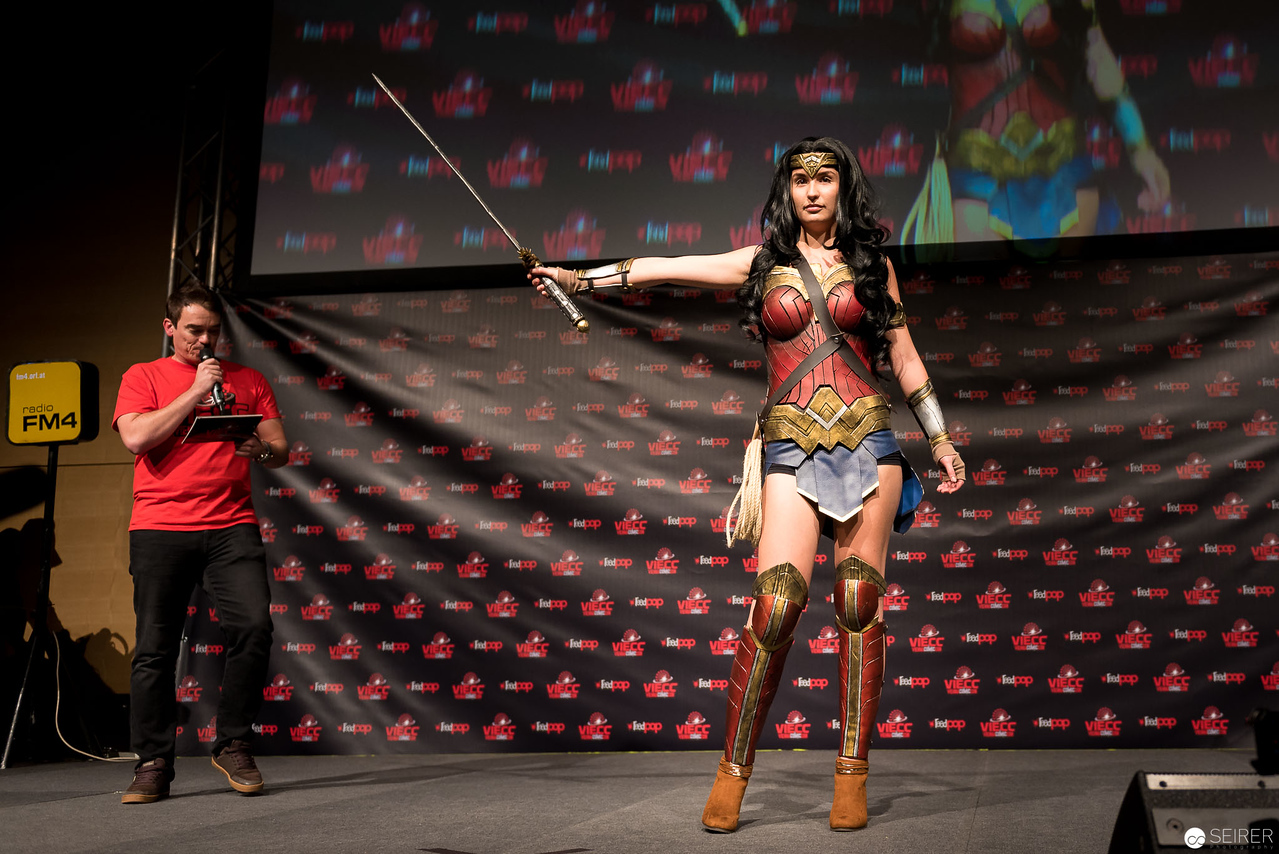 Vienna ComicCon Cosplay Contest 2016 - Wonder Woman from Batman vs Superman / Armor, Cosplay: Miss Marvelous