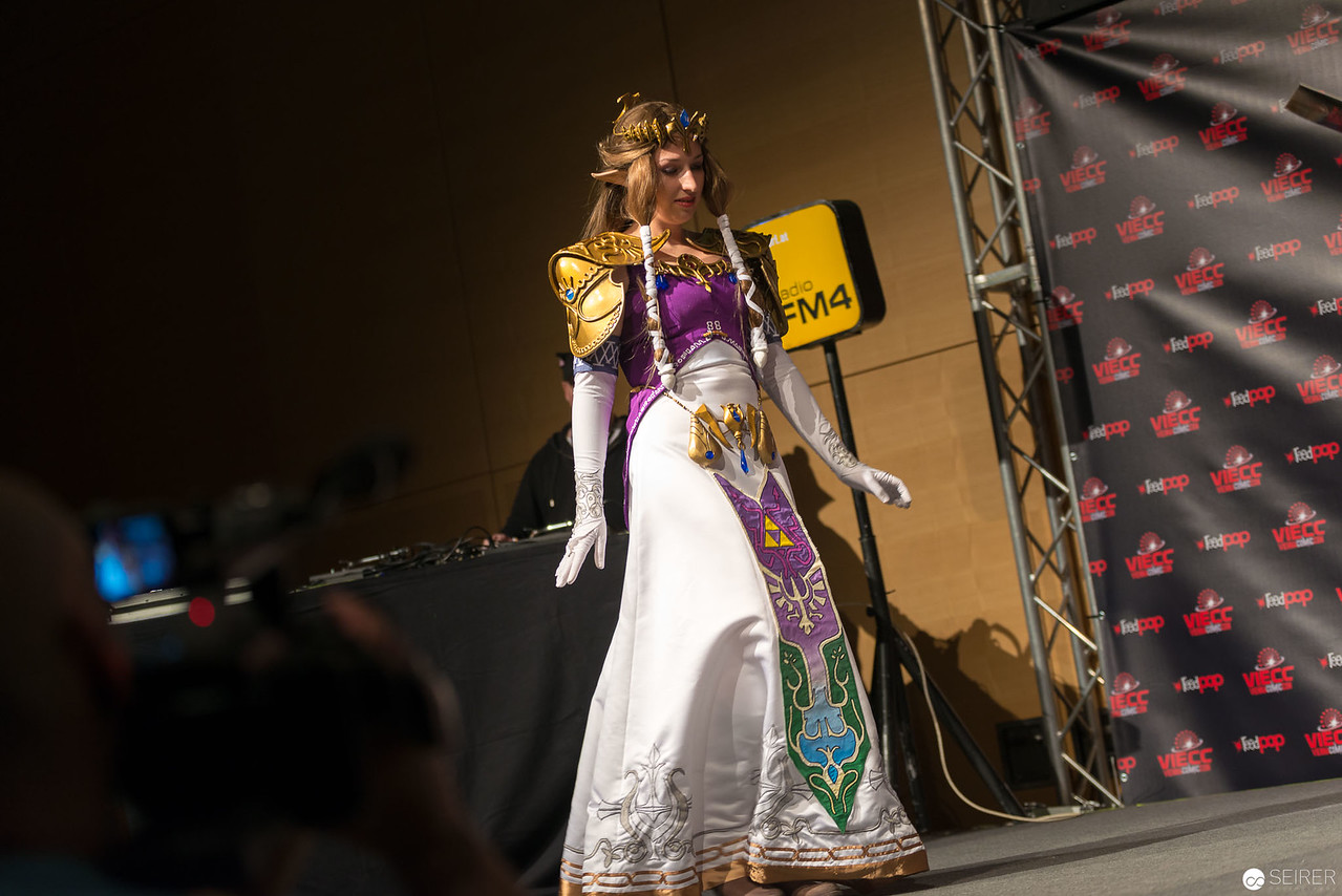 Vienna ComicCon 2016: Zelda from Twilight Princess/ Needlework, Cosplay: Terruh