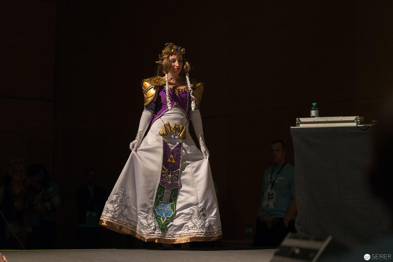 Vienna ComicCon 2016: Zelda from Twilight Princess/ Needlework, Cosplay: Terruh