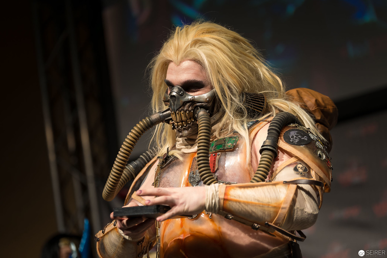 Vienna ComicCon Cosplay Contest 2016 - Immortan Joe from Mad Max: Fury Road / Armor, Cosplay: Brazen & Bold Productions