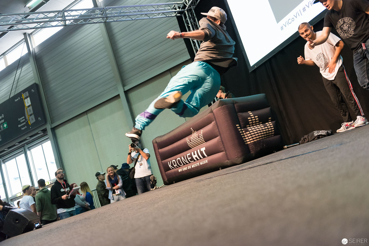 ChrisCross Breakdance Show @ VideoCon 2016