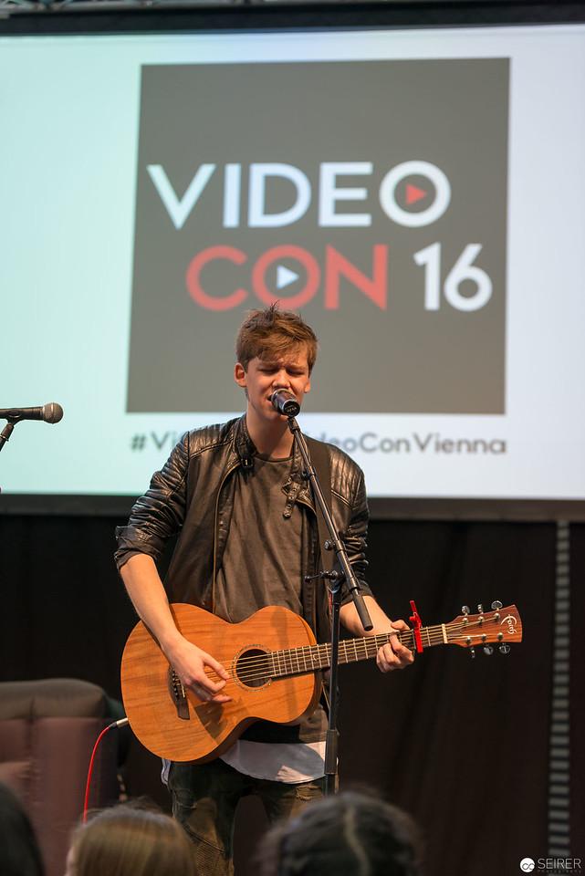 Jannik Brunke @VideoCon 2016 VIECC