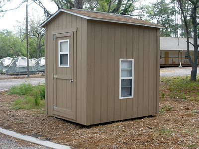 Birdhouse lodges