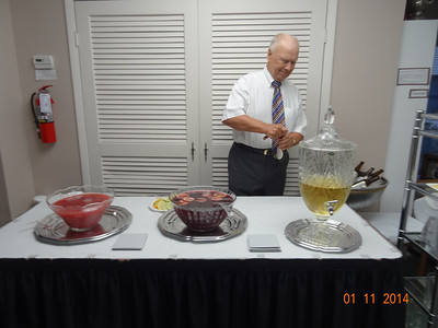 Dieter manned the beverage station