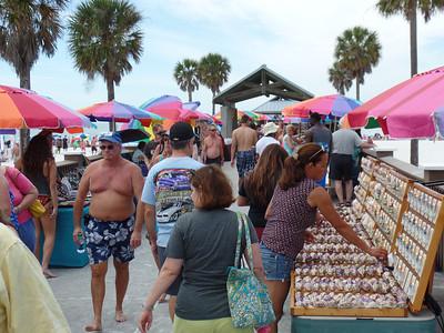 Entrance at Pier 60 craft vendors