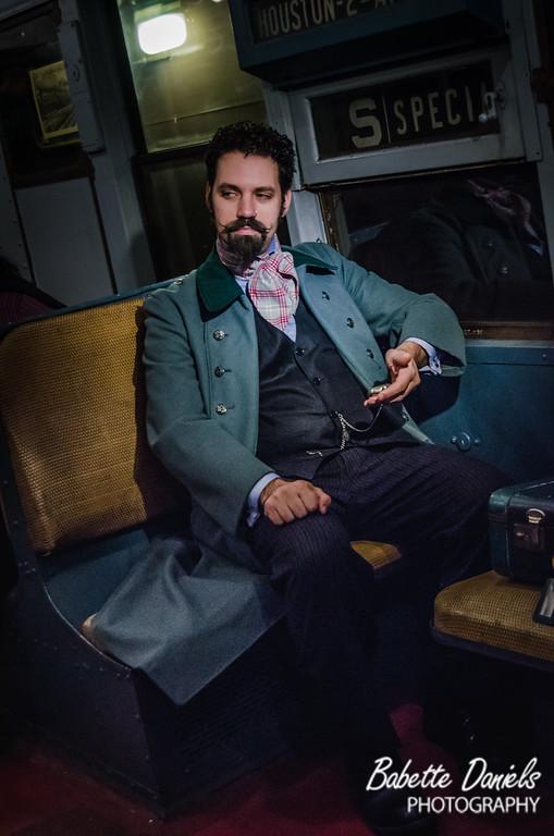 Steampunk Picnic: ON A TRAIN!