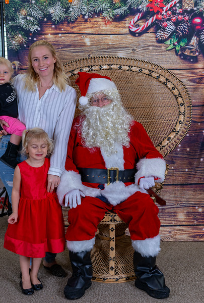 2019-12-20 Christmas -Vinyard Montessori -9430