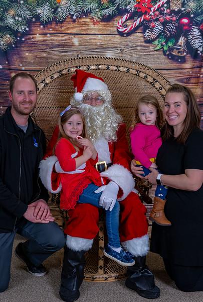 2019-12-20 Christmas -Vinyard Montessori -9433