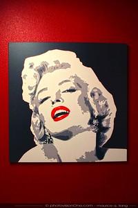 Marilyn Monroe in the bathroom.