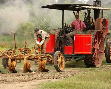 Vista Antique Tractor & Machinery Show 2009