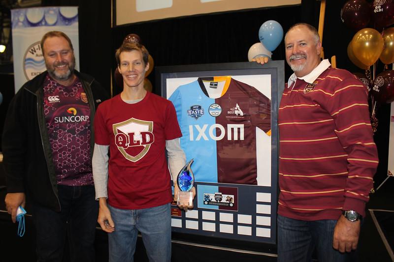 Dave Cameron, Allan Luyt and WIOA's Col Haynes celbrate Queenslands win