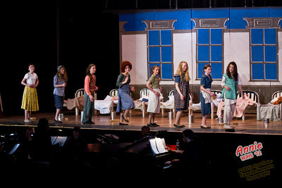 Wappingers Junior High School Drama Club Presents Annie
