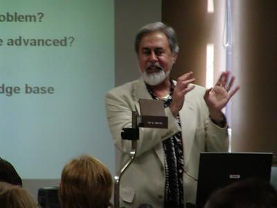 "Anthony Coelho, Jr. presenting the ""NIH Grants"" seminars at the University of Puerto Rico, Medical Sciences Campus (San Juan.)"